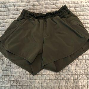 Lululemon Tracker short. Size 6. Army green.
